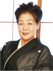 栗川 美代子