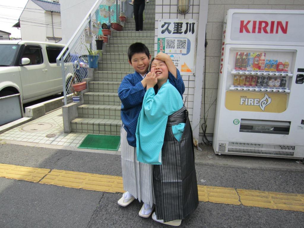 広島のブライダル、結婚式、披露宴、2次会、プロデュース、レンタル衣装、貸衣装、出張着付け、は三栗矢へ